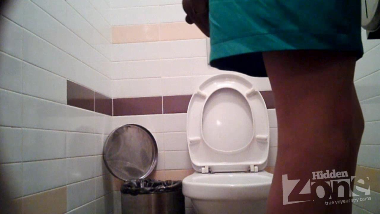 скрытая мини камера в армейском туалете - 1