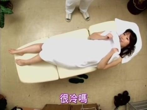 Imposé Pendant le Massage, ejac asiat avale asiat Japonaise Chinoises sur.