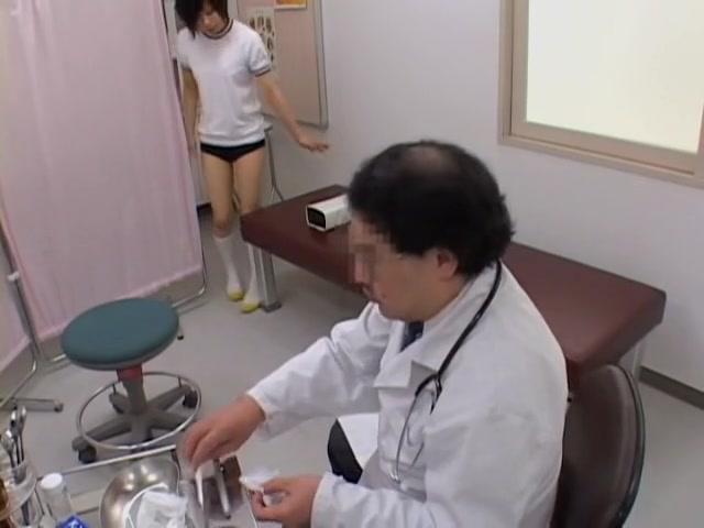 Когда раздевается секс на медицинском видео трах